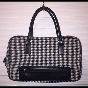 Hilary & Hanson houndstooth handbag